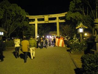 Shrine080103_01