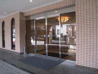 Hotel080320_01