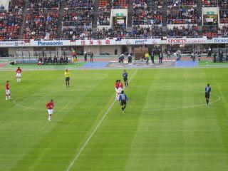 Soccer081129_30