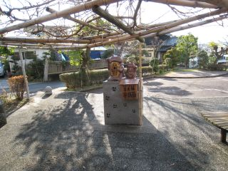 Shrine090101_46
