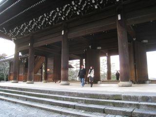 Shrine090111_08