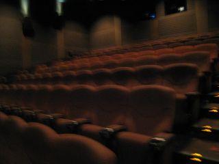 Movie090305_05
